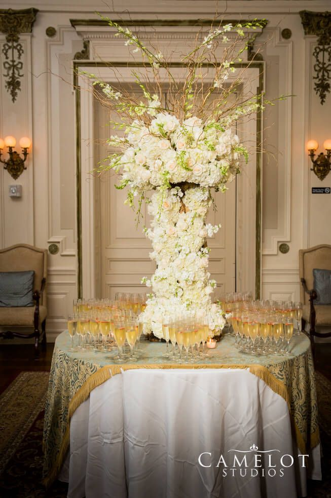Bourne Mansion floral arrangement