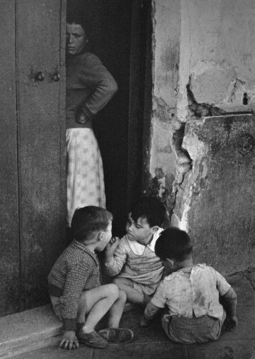 Brassaï, Séville, 1954.