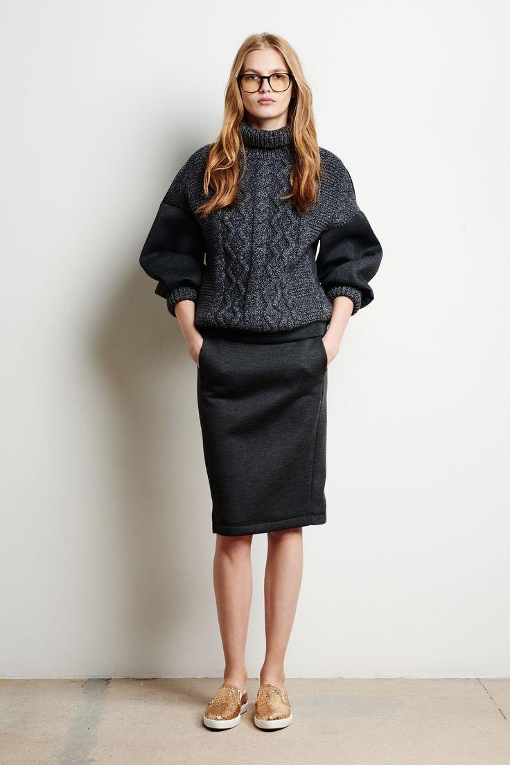 Tomas Maier Fall 2016 Ready-to-Wear Fashion Show