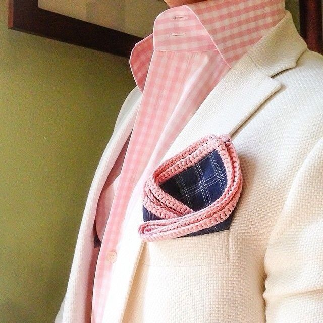 Love the pink shirt and pocket square