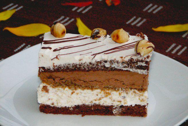 Retete Culinare - Prajitura cu alune si ciocolata