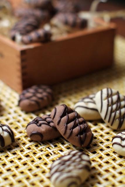 masam manis: BISKUT RAYA melt in mouth German cookie