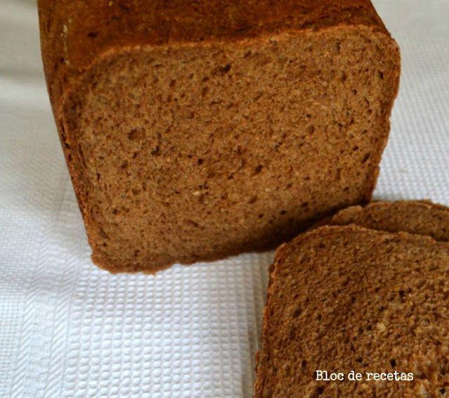 Bloc de recetas: Pan negro esponjoso de centeno integral en panificadora