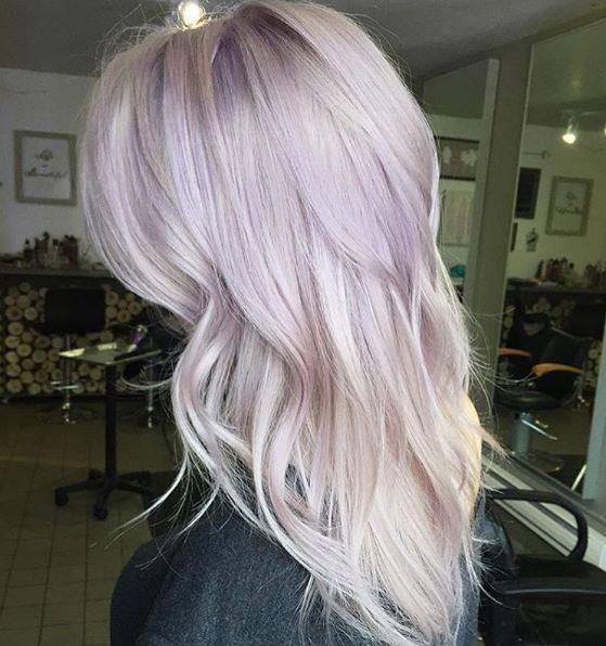 loving this lavender/lilac toned hair!