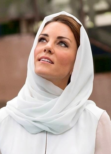 Kate Middleton wearing a Hijab in a mosque