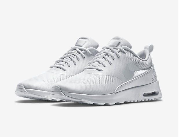 Nike Air Max Thea pas cher prix promo Baskets Femme Nike 120.00 €
