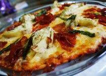 Pizza de Mini Alcachofras e Presunto Parma