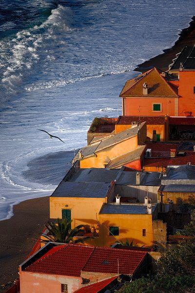 Вариготти - скрытая жемчужина Северной Италии в пейзажных фотографиях Джованни Алльеви. При небольшом отдалении от деревни, открываются разнообразные ракурсы