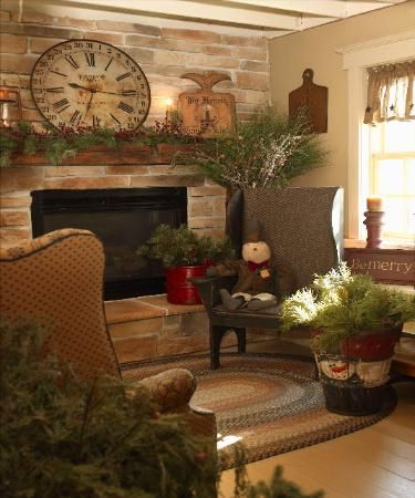 Primitive Country Christmas...love The Clock Over The Mantel, Painted  Snowman Bucket. Primitive Living RoomPrimitive ...