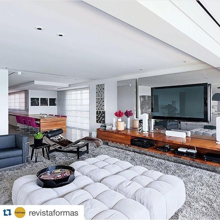 #Repost @revistaformas with @repostapp. ・・・ Interiores por Zezinho Santos Turibio Santos Recife | PE  #decor #decoracao #detalhes #details #desing #designinteriores #decoration #decorating #style #furniture #home #homedecor #homedecoration #homedesing #homestyle #interior #interiordesing #inspiration #inspiração #ideias #instaarch #instadecor #instamood #instadesign #instagood #instahome #arquitetura #architecture #escultura.