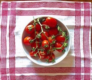 Oggi nel Calendario del Cibo Italiano si celebrail pomodoro, l'ortaggio che non è nato in Italia, ma che è diventato il più italiano ...
