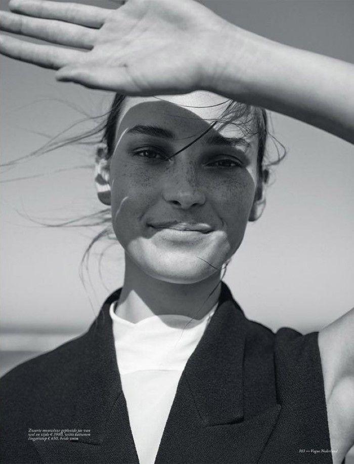 Julia Berghoeff Is Lensed By Annemarieke van Drimmelen for Vogue Netherlands…