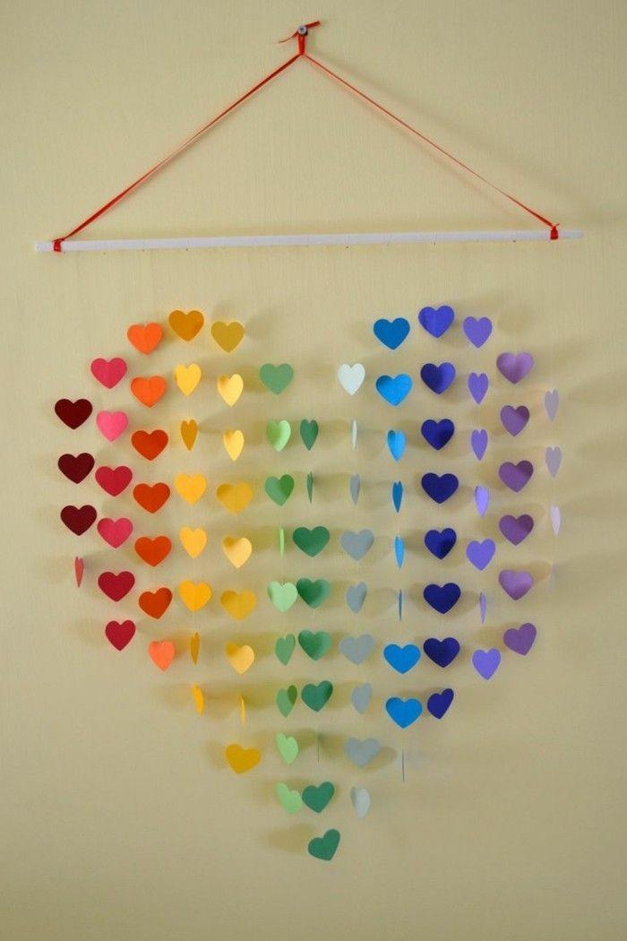 kreativ basteln papier farbige herzen mobile basteln