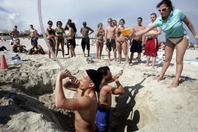 Miami-Area Beach Photos: Spring Break on South Beach