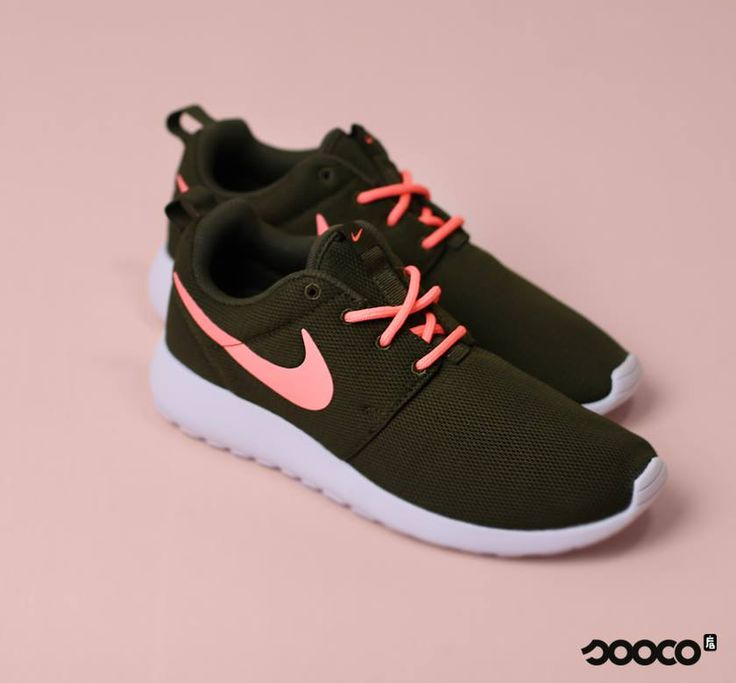 1014 best nike shoes images on Pinterest   Nike tennis shoes Nike shies  and Nike shoe