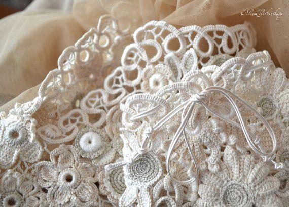 Vintage wedding shoes wreath. by AlisaSonya on Etsy
