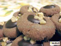 Na sádlové cukroví vám postačí 4 suroviny - sádlo, hladká mouka, moučkový cukr a holandské kakao.