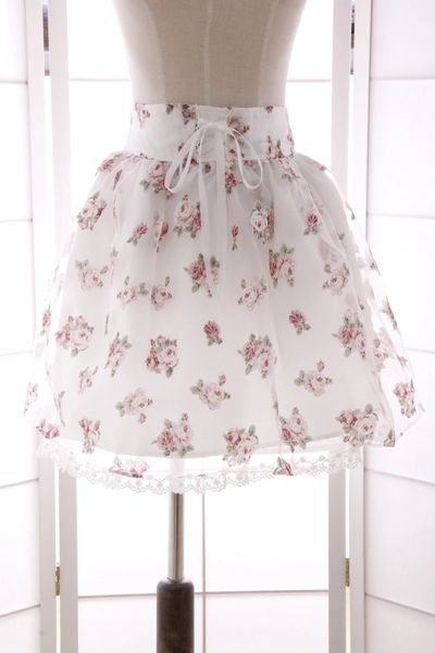liz lisa 15 single day in spring and summer soft sister sweet lace printed gauze bandage bow skirt Pompon