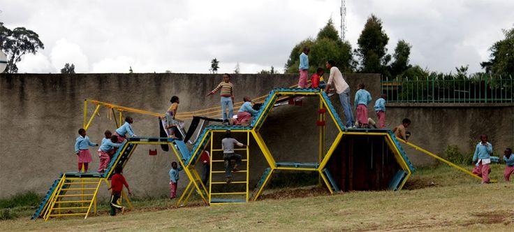 METAL FRAME: Addis Abeba