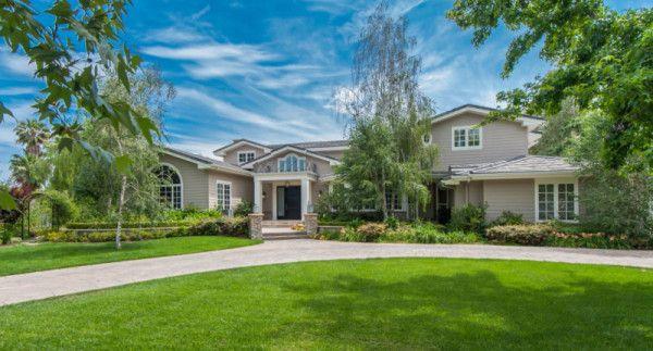 Denise Richards Selling House in Hidden Hills