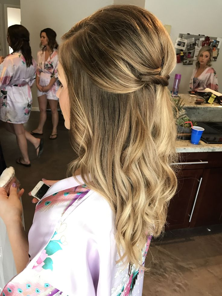 Cute Half Up Half Down Coiffure concepts for Womens with Medium Size Unfastened Wavy Hair in 2019