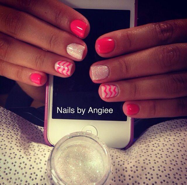 Best 25 chevron gel nails ideas on pinterest chevron nails gel nail design with glitter powder prinsesfo Images