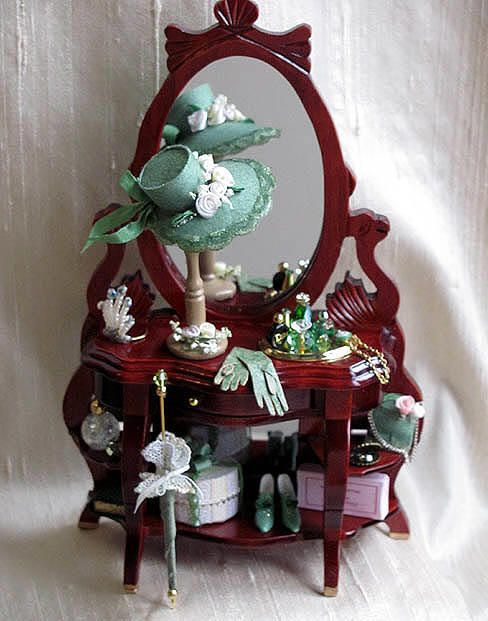 Vanity Dresser Dollhouse miniature Miniature