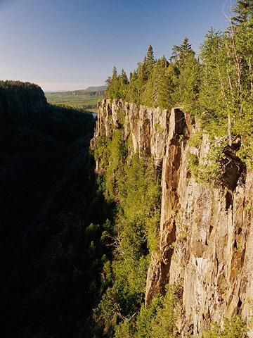Lake Superior Circle Tour - Ouimet Canyon,