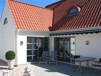 Nybyggt hus i Baskemölla med kittade RM-fönster