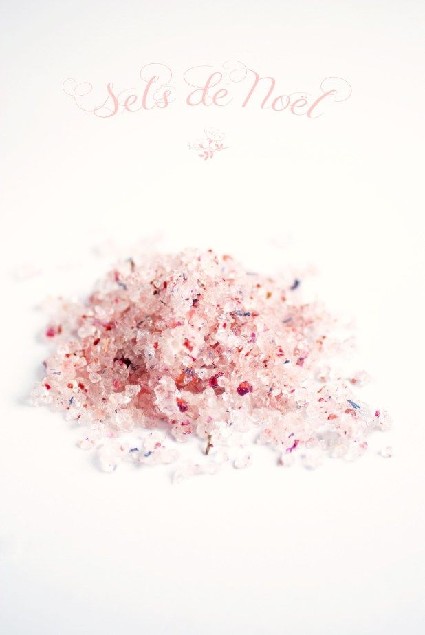 Bath salts with flowers and pink Himalayan salt //Sel de bain aux fleurs et sel rose de l'Himalaya | Antigone XXI