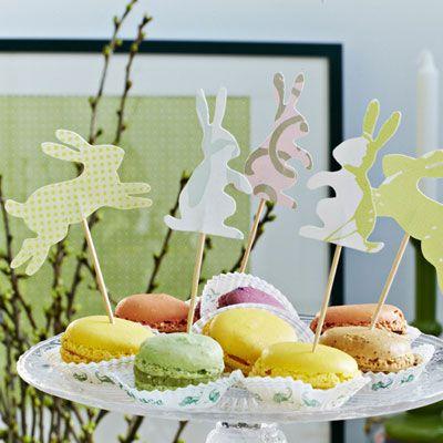 Find papir og saks frem, og fremtryl disse skønne klip til påske.