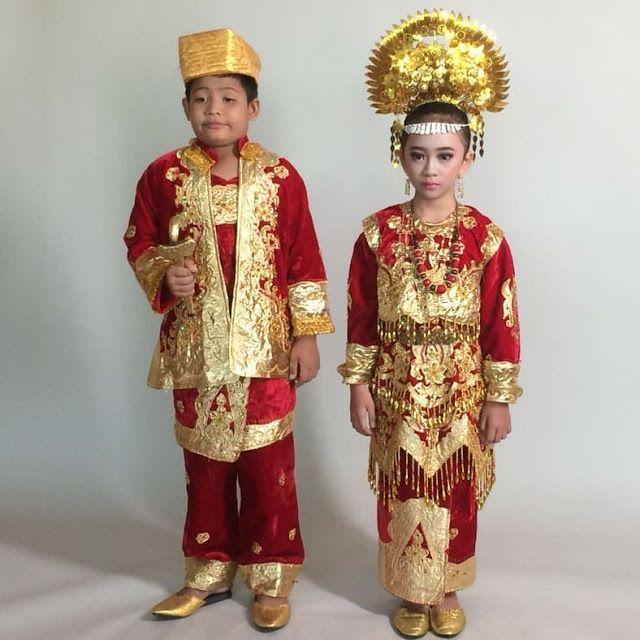Baju Adat Minangkabau Anak