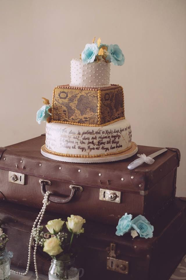 Travel inspired vintage cake with Tiffany blue flowers