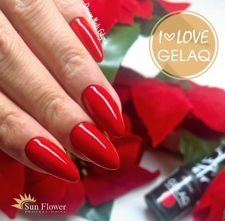 Red nails gelaq