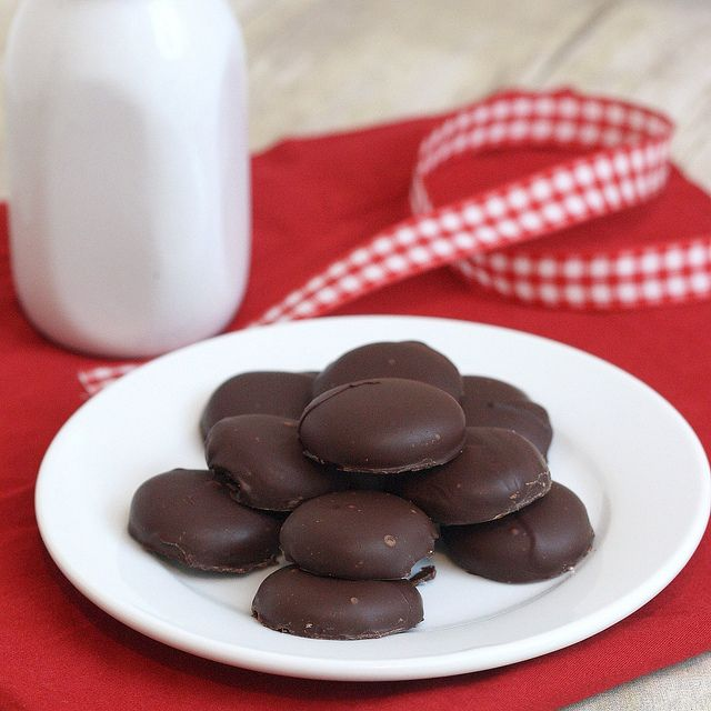Homemade Peppermint Patties by Tracey's Culinary Adventures