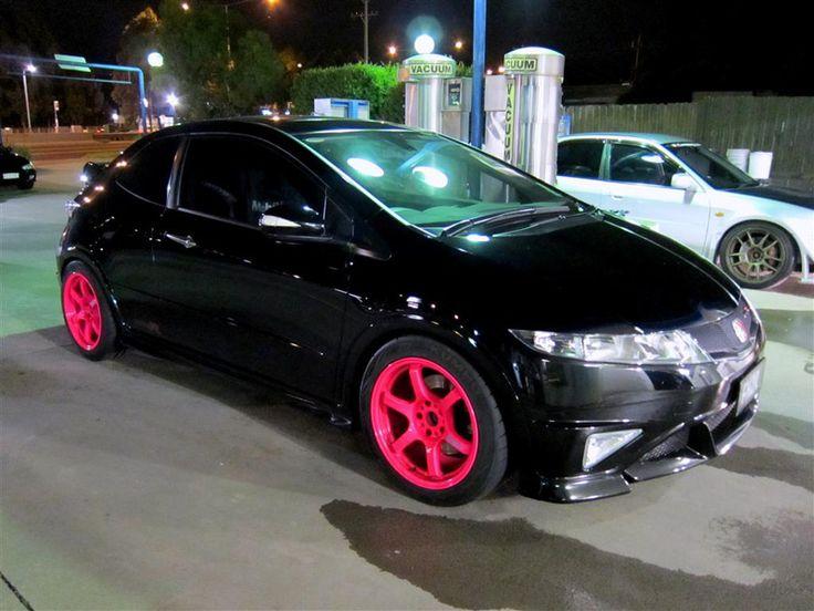 Honda Civic (FN) on fluro pink Rays Gram Light 57D wheels