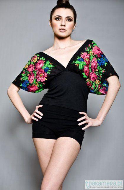 Kimonowa bluzka w kwiaty rozm. L/XL (proj. Kasia Miciak)