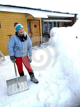 #Young woman c#leaning a snow  North of Sweden  #recordsnow
