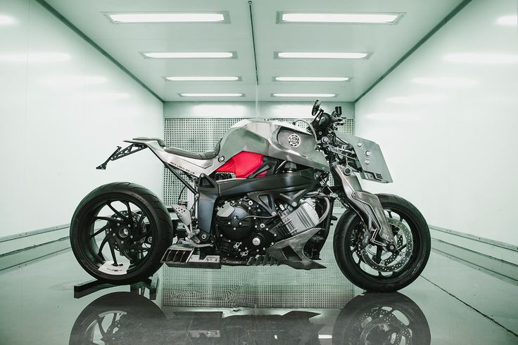 A wild custom BMW K1200S from Pan Speed Shop of Madrid.