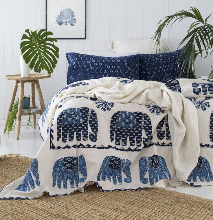 Blue and White Elephant Bedspread / Quilt