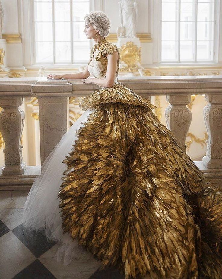 Golden Gowns   ZsaZsa Bellagio - Like No Other