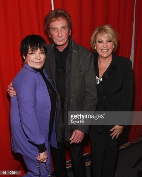 Barry Manilow 80s | Singers Liza Minnelli, Barry Manilow, and Lorna Luft pose backstage at ...