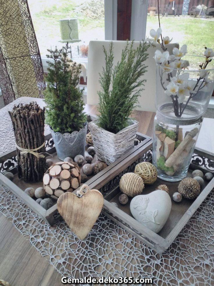 Elegante Meine Deko uff dem Tisch im Wintergarten