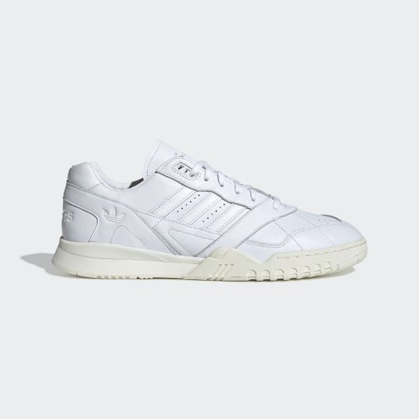 Buy online adidas AR Trainer *Home of Classics* in Ftwr