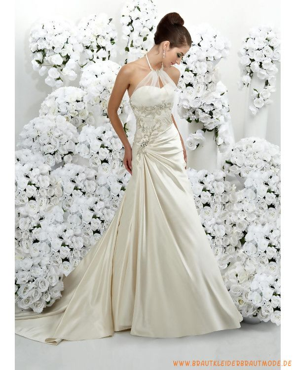 2013 Günstiges Brautkleid aus Taft A-Linie Rock mit Nackhalter und Kapelleschleppe