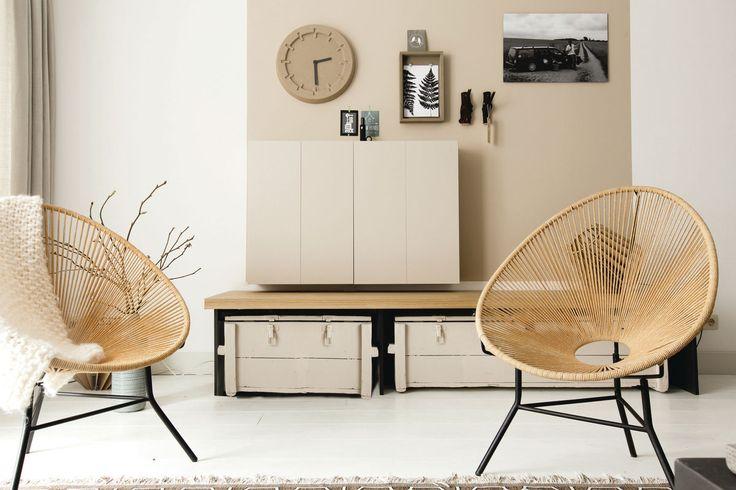 Puur; met een zacht en helder palet, ronde vormen en een minimalistische inrichting creëer je rust en helderheid in je huis en daarmee in je hoofd