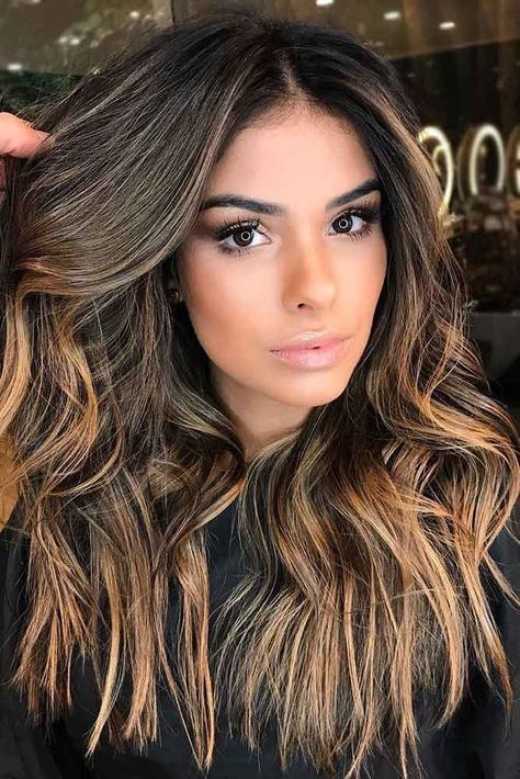 Clique na foto e conheça o melhor método de CRESCIMENTO CAPILAR NATURAL da internet. ________________________________________________________… in 2020 | Brown blonde hair, Highlights for dark brown hair, Brown hair tones