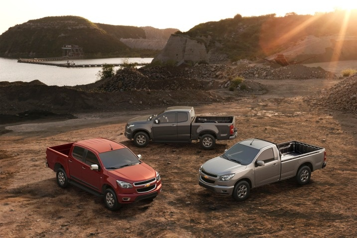 Still can't decided if I like them or not. 2013 Chevy Colorado.