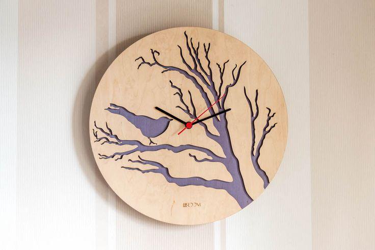 """Мы решили не отличаться от всех и тоже сделать подарок к празднику. На весь наш ассортимент скидка 20%. А вот эти прекрасные часы """"Птица"""" с нежно-фиолетовой подложкой мы отдадим ̶п̶р̶а̶к̶т̶и̶ч̶е̶с̶к̶и̶ ̶з̶а̶д̶а̶р̶о̶м̶ за 750 грн! Размер 35см Часовой механизм - Hermle Часы полностью деревянные Акция продлится до 12 марта. Тел/Viber: +380679628910"""