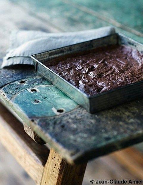 ... flourless chocolate and hazelnut brownies ...